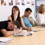 Ученые назвали способы активизации после бессонной ночи