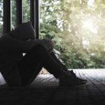 Социальная изоляция делает более агрессивными и усиливает страх