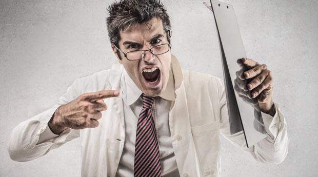 Фразы, которые лучше не говорить врачу на приеме
