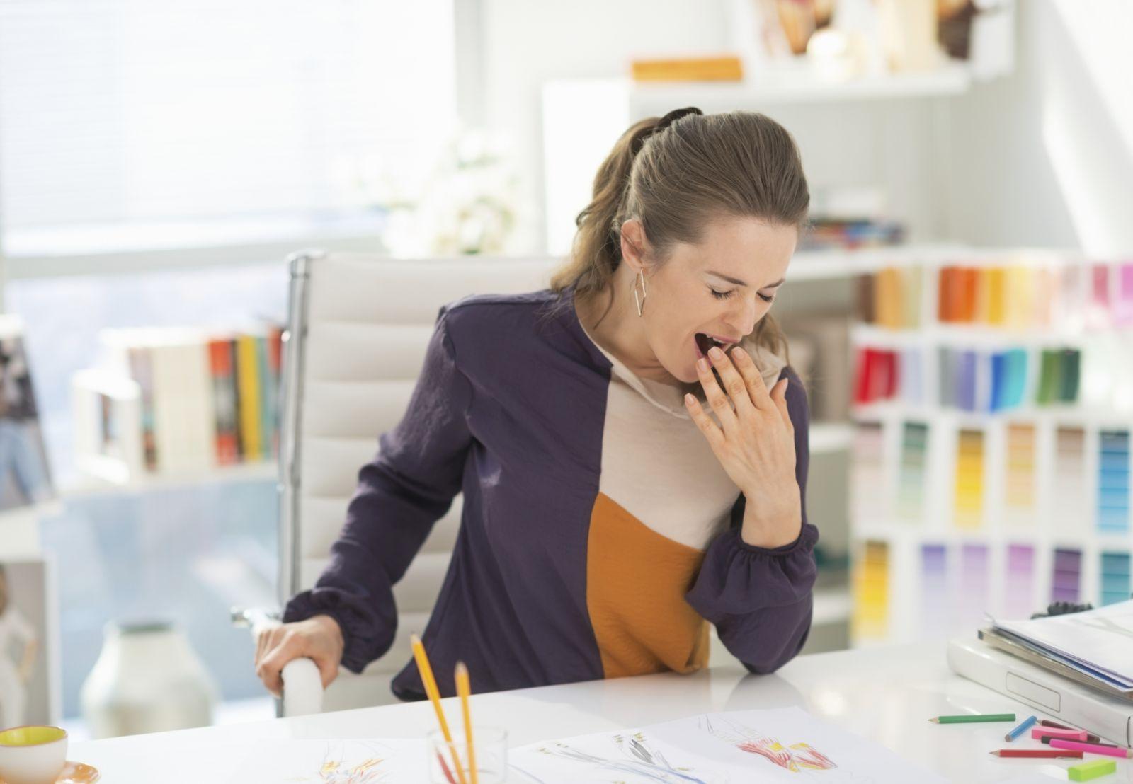 4 причины осенней сонливости на работе