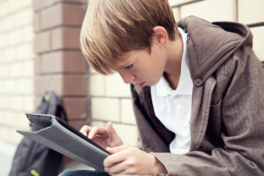 4 ошибки родителей в борьбе с зависимостью ребенка от гаджетов